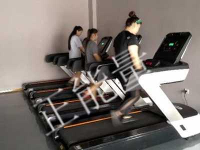 有人害怕健身房运动强度会很大 健身能减肥幺