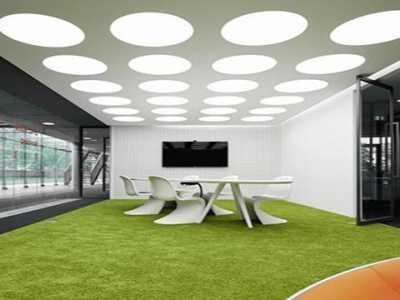 严肃工作环境的一点生动之色 办公室人造草坪