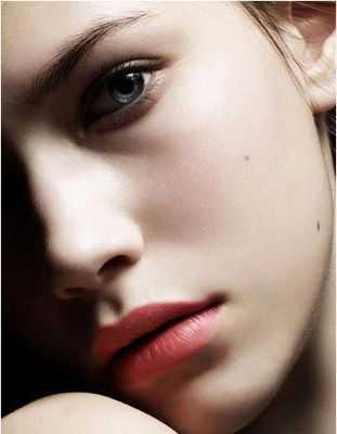 飞梭镭射消除毛孔和痘疤 飞梭美容的原理