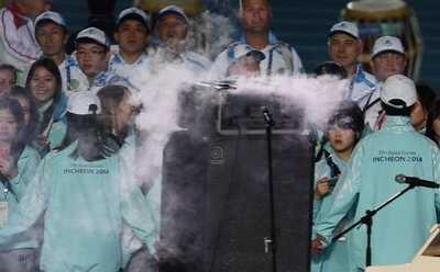 亚运会闭幕式现场音响出故障 2014亚运会闭幕式