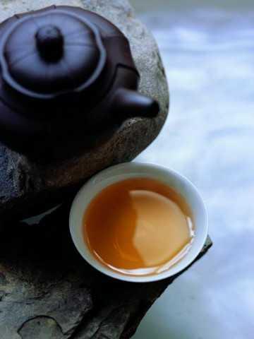 不运动不受饿就能瘦小腹 喝普洱茶不运动